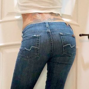 7 FOR ALL MANKIND STRAIGHT CUT JEANS